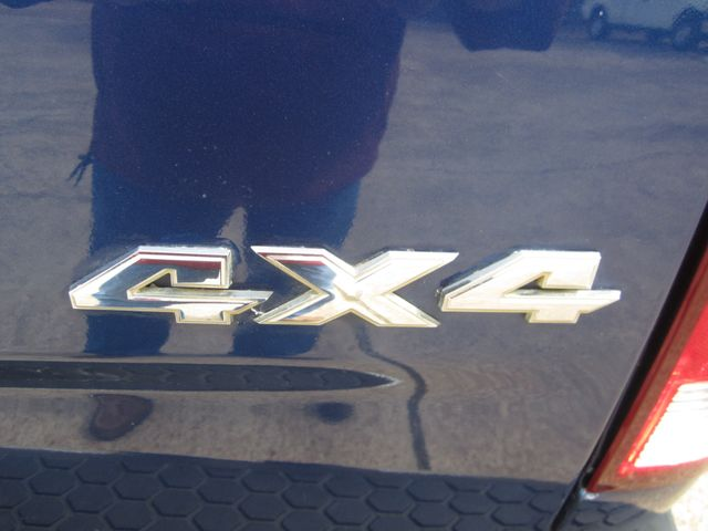 2011 Ram 1500 Crew Cab 4x4 Laramie Houston, Mississippi 7