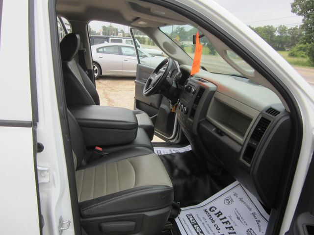 2011 Ram 1500 ST Quad Cab 4x4 Houston, Mississippi 10