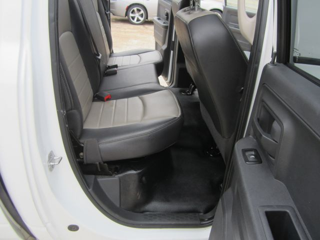 2011 Ram 1500 ST Crew Cab 4x4 Houston, Mississippi 11