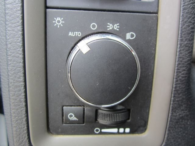 2011 Ram 1500 ST Crew Cab 4x4 Houston, Mississippi 12