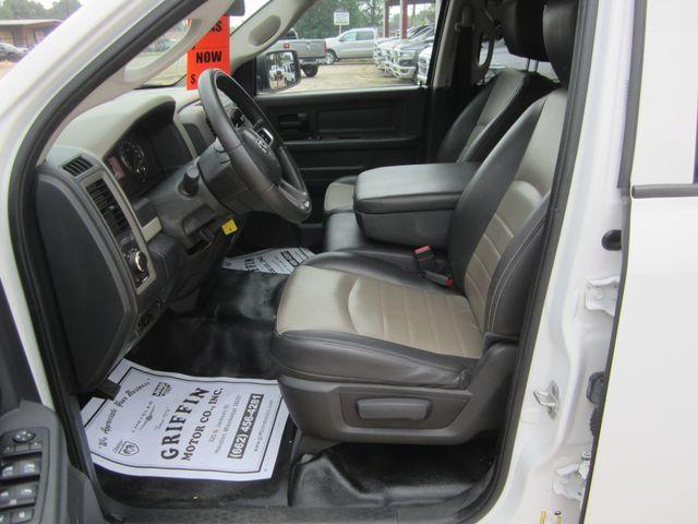 2011 Ram 1500 ST Crew Cab 4x4 Houston, Mississippi 8