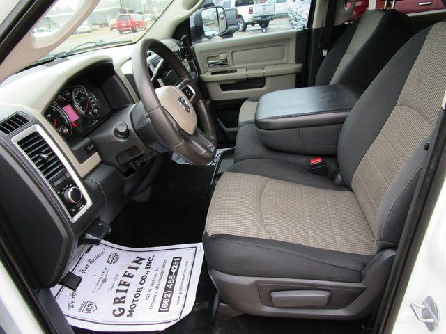 2011 Ram 1500 SLT Crew Cab 4x4 Houston, Mississippi 8