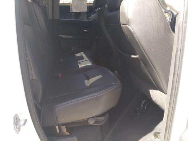 2011 Ram 1500 Quad Cab 4x4 Laramie Houston, Mississippi 9