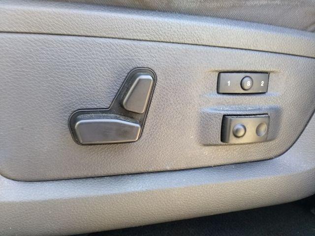 2011 Ram 1500 Quad Cab 4x4 Laramie Houston, Mississippi 14