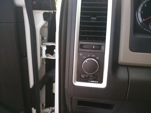 2011 Ram 1500 Quad Cab 4x4 SLT Houston, Mississippi 16