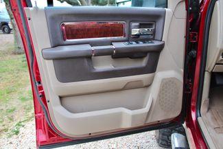 2011 Ram 2500 Laramie Mega Cab 4x4 6.7L Cummins Diesel 6 Speed Manual LIFTED Sealy, Texas 30