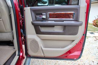 2011 Ram 2500 Laramie Mega Cab 4x4 6.7L Cummins Diesel 6 Speed Manual LIFTED Sealy, Texas 38