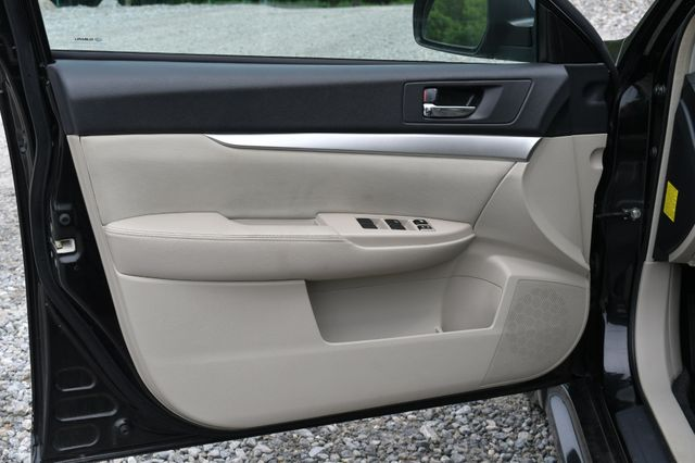 2011 Subaru Legacy 2.5i Prem AWP Naugatuck, Connecticut 15