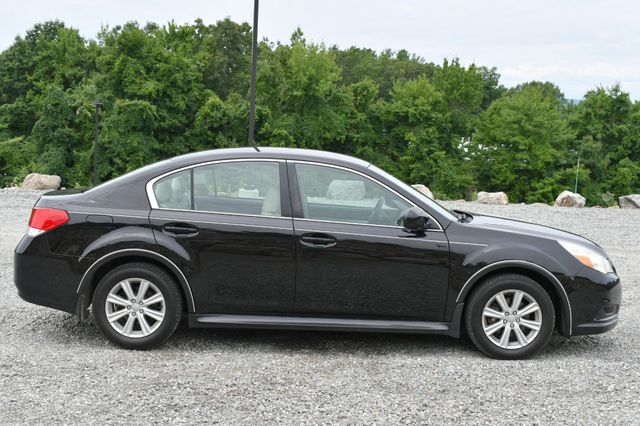 2011 Subaru Legacy 2.5i Prem AWP Naugatuck, Connecticut 5