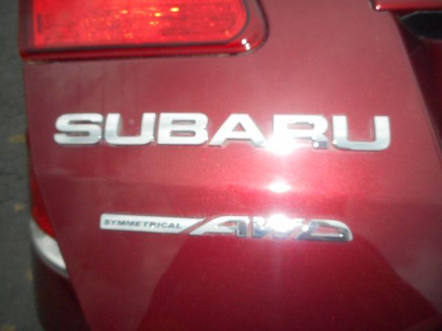 2011 Subaru Legacy 2.5i Prem AWP/Pwr Moon New Windsor, New York 24
