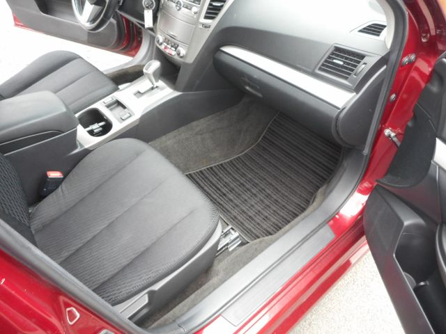 2011 Subaru Legacy 2.5i Prem AWP/Pwr Moon New Windsor, New York 26