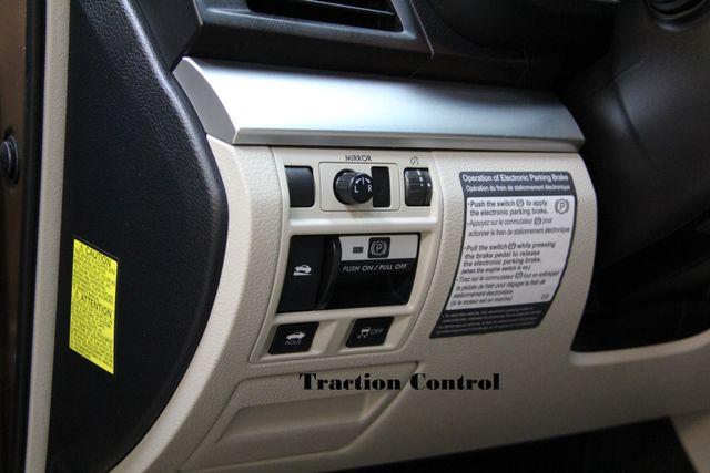 2011 Subaru Legacy 2.5i Prem AWP AWD Richmond, Virginia 14