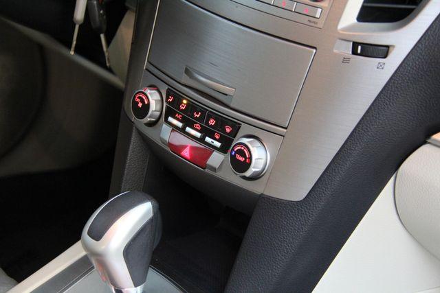 2011 Subaru Legacy 2.5i Prem AWP AWD Richmond, Virginia 9