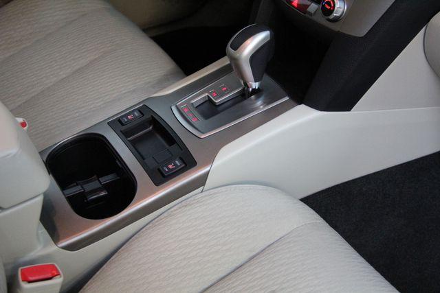2011 Subaru Legacy 2.5i Prem AWP AWD Richmond, Virginia 10