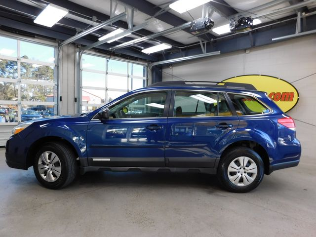 2011 Subaru Outback 2.5i in Airport Motor Mile ( Metro Knoxville ), TN 37777