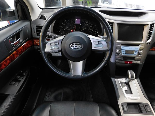2011 Subaru Outback 2.5i Limited Pwr Moon/Nav in Airport Motor Mile ( Metro Knoxville ), TN 37777
