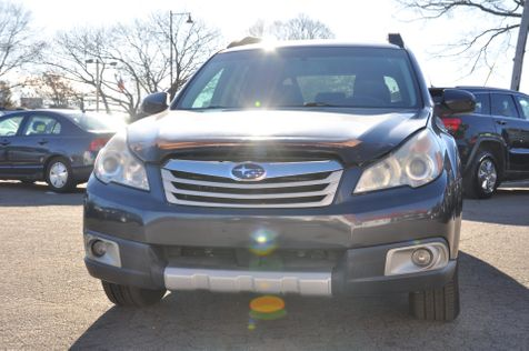 2011 Subaru Outback 2.5i Limited Pwr Moon in Braintree