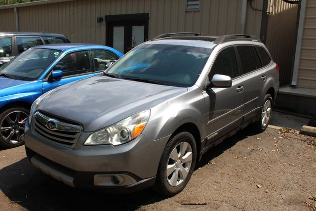 2011 Subaru Outback 2.5i Limited Moon Roof in Charleston, SC 29414