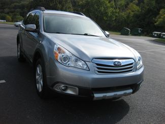 2011 Sold Subaru Outback 2.5i Limited Conshohocken, Pennsylvania 7