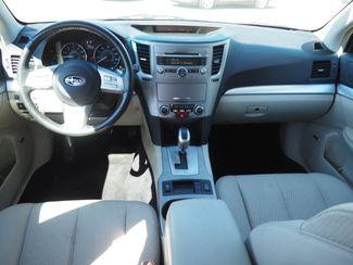 2011 Subaru Outback 2.5i Prem AWP/HK Aud Englewood, CO 10
