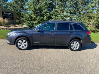 2011 Subaru Outback 2.5i Limited Pwr Moon Farmington, MN 1