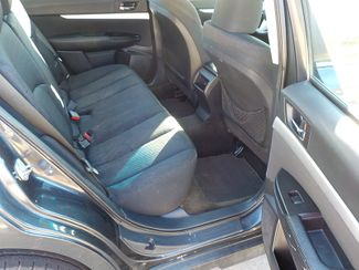 2011 Subaru Outback 2.5i Fayetteville , Arkansas 12