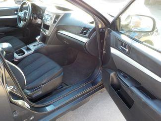 2011 Subaru Outback 2.5i Fayetteville , Arkansas 13