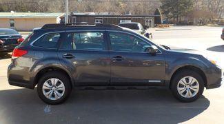 2011 Subaru Outback 2.5i Fayetteville , Arkansas 3