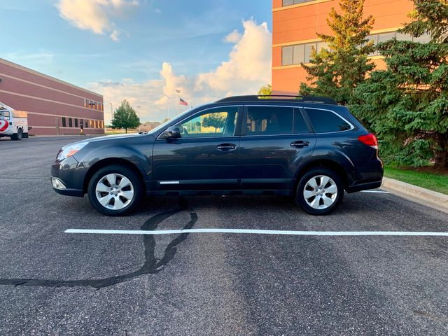 2011 Subaru Outback 2.5i Prem AWP/Pwr Moon Maple Grove, Minnesota 6