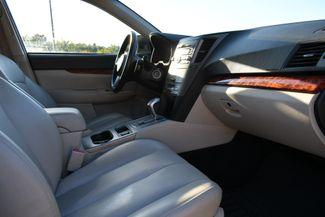 2011 Subaru Outback 2.5i Limited Naugatuck, Connecticut 8