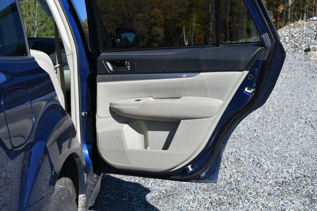 2011 Subaru Outback 2.5i Prem AWP/Pwr Moon Naugatuck, Connecticut 10