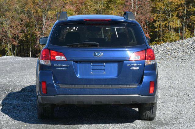2011 Subaru Outback 2.5i Prem AWP/Pwr Moon Naugatuck, Connecticut 3