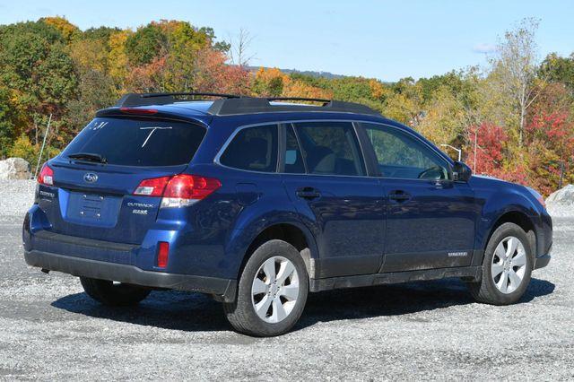 2011 Subaru Outback 2.5i Prem AWP/Pwr Moon Naugatuck, Connecticut 4
