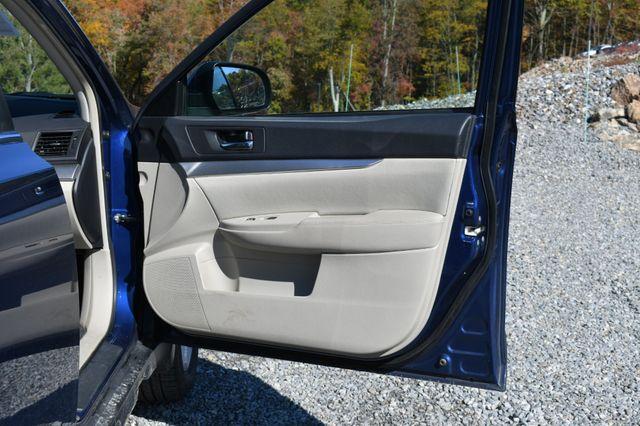 2011 Subaru Outback 2.5i Prem AWP/Pwr Moon Naugatuck, Connecticut 9