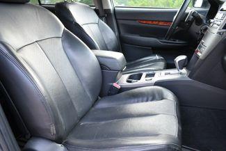 2011 Subaru Outback 2.5i Limited Pwr Moon Naugatuck, Connecticut 10