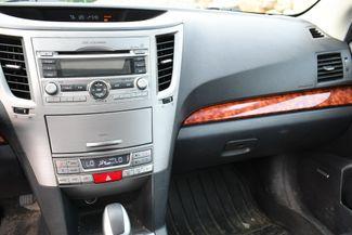2011 Subaru Outback 2.5i Limited Pwr Moon Naugatuck, Connecticut 14