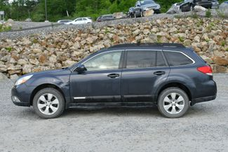 2011 Subaru Outback 2.5i Limited Pwr Moon Naugatuck, Connecticut 3