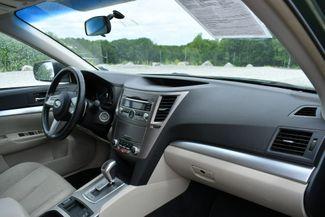 2011 Subaru Outback 2.5i Prem AWP Naugatuck, Connecticut 10