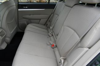 2011 Subaru Outback 2.5i Prem AWP Naugatuck, Connecticut 13