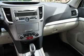 2011 Subaru Outback 2.5i Prem AWP Naugatuck, Connecticut 18