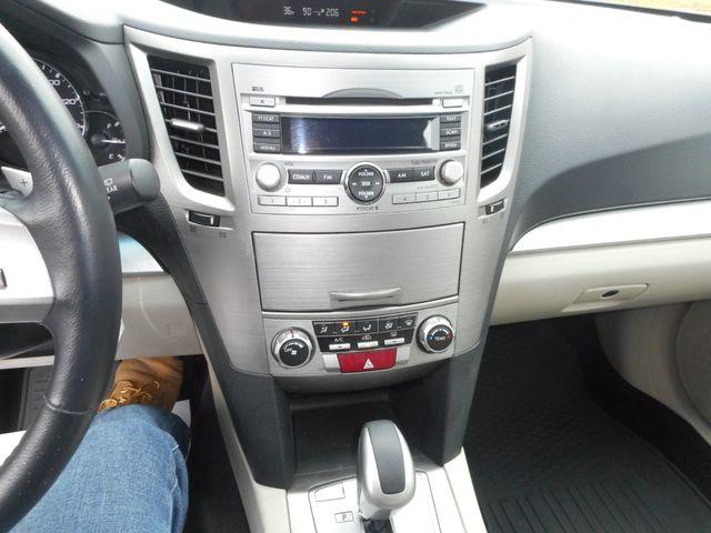 2011 Subaru Outback 2.5i Prem AWP New Windsor, New York 15