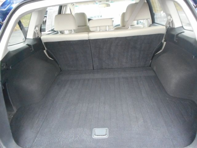 2011 Subaru Outback 2.5i Prem AWP New Windsor, New York 18