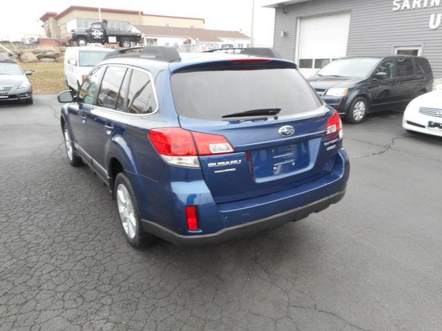 2011 Subaru Outback 2.5i Prem AWP New Windsor, New York 3