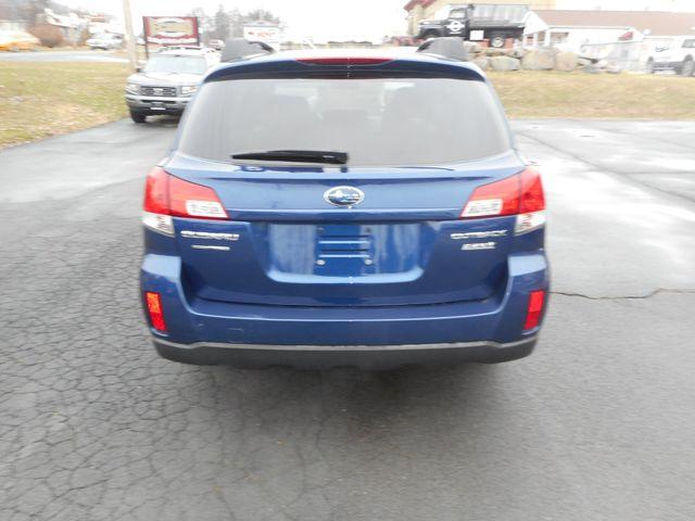 2011 Subaru Outback 2.5i Prem AWP New Windsor, New York 4