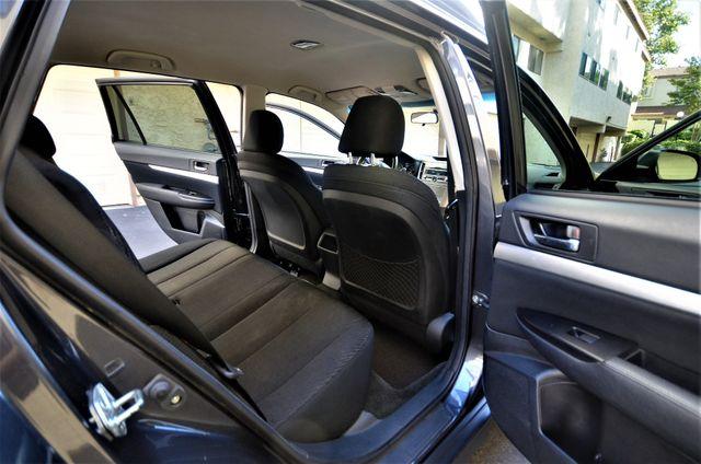 2011 Subaru Outback 2.5i Premium AWD in Reseda, CA, CA 91335
