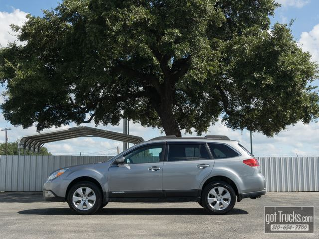 2011 Subaru Outback 2.5i Limited AWD in San Antonio Texas, 78217