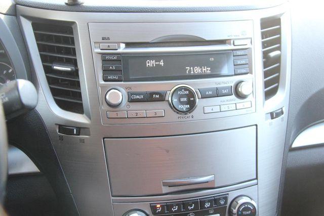 2011 Subaru Outback 2.5i Prem AWP Santa Clarita, CA 19