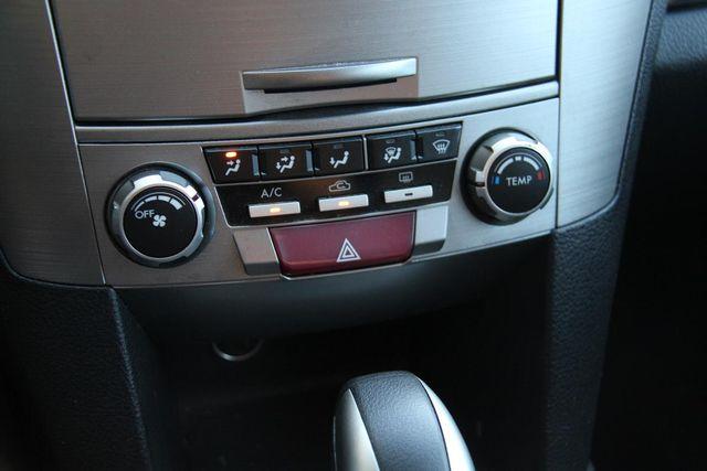 2011 Subaru Outback 2.5i Prem AWP Santa Clarita, CA 20