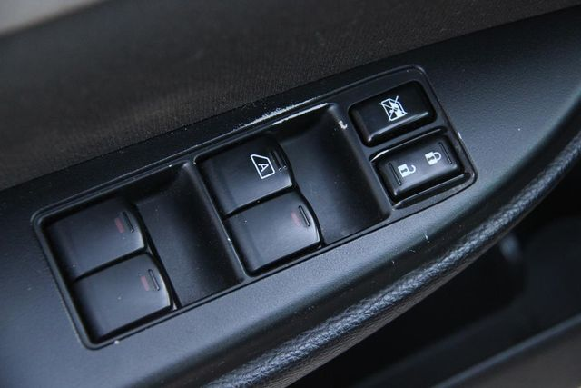 2011 Subaru Outback 2.5i Prem AWP Santa Clarita, CA 23