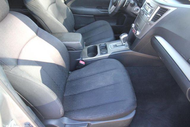 2011 Subaru Outback 2.5i Prem AWP Santa Clarita, CA 14